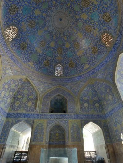 Patrick Ringgenberg. Les coupoles persanes – Un art de ciel et de terre.