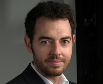 Jean Birnbaum, directeur du Monde des livres, le 9 octobre 2010 au siège du journal à Paris. Source inconnue.
