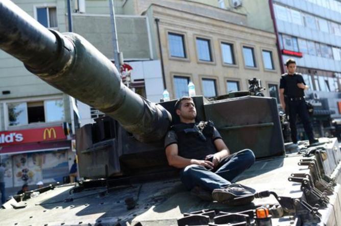 Istambul, le 16 juillet. BULENT KILIC AFP
