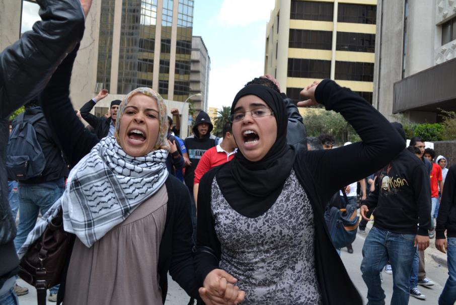 La Femme Tunisienne au cœur de la Révolution | by Aya_Chebbi_Photography