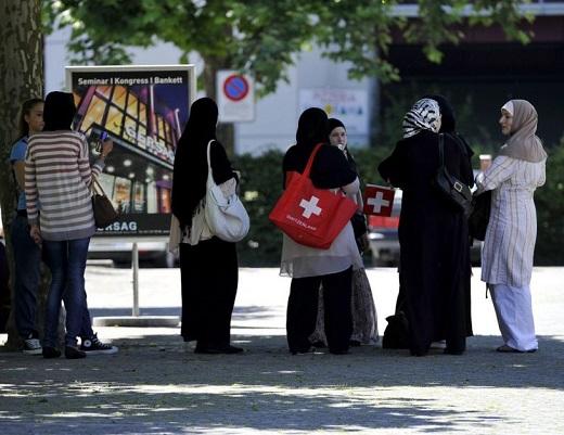 Dynamiques sociales et rapport à l'état. L'institutionnalisation de l'Islam en Suisse