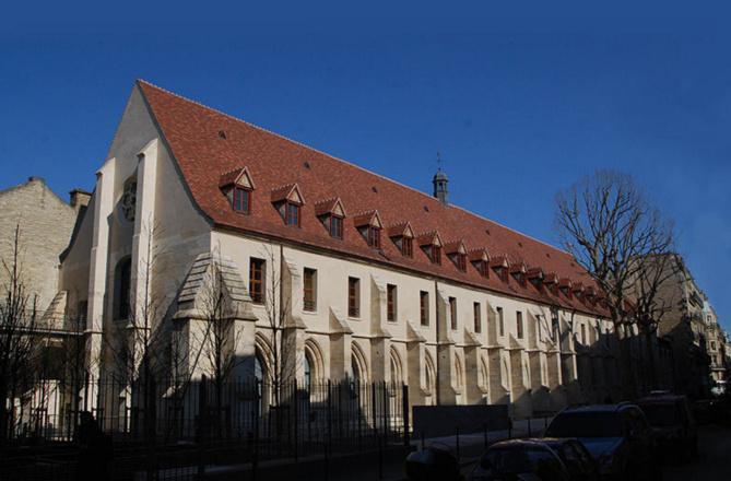 Collège des Bernardins à Paris. Licence de documentation libre GNU.