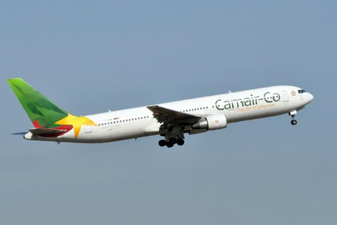 Boeing de la compagnie aérienne CAMAIR.
