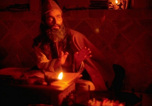 Ghorban Nadjafi dans lr role de A. H. al-Ghazâlî (voir extrait du film ci-dessous)