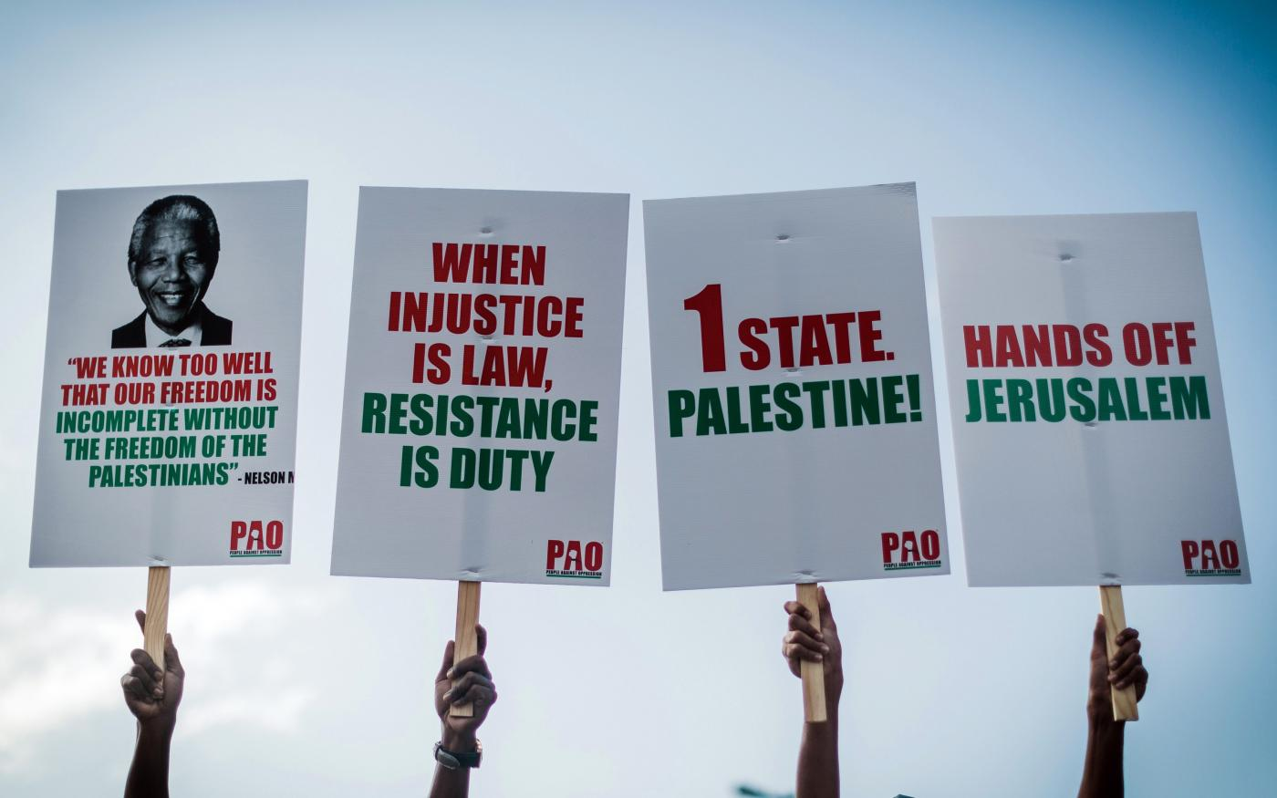 Manifestation de groupes pro-palestiniens et autres organisations à Durban, le 2 juin 2018, pour protester contre le meurtre de Palestiniens par les forces israéliennes à Gaza (AFP)