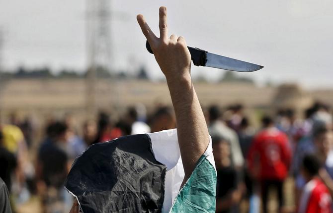 """Israël-Palestine: """"L'occupation pacifique, cela n'existe pas"""" (Henry Laurens, Collège de France)"""
