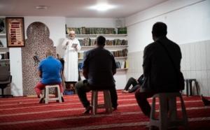 « Charte » des imams : un programme très politique dicté de l'Intérieur